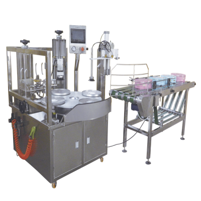 Automatic tape sealing machine